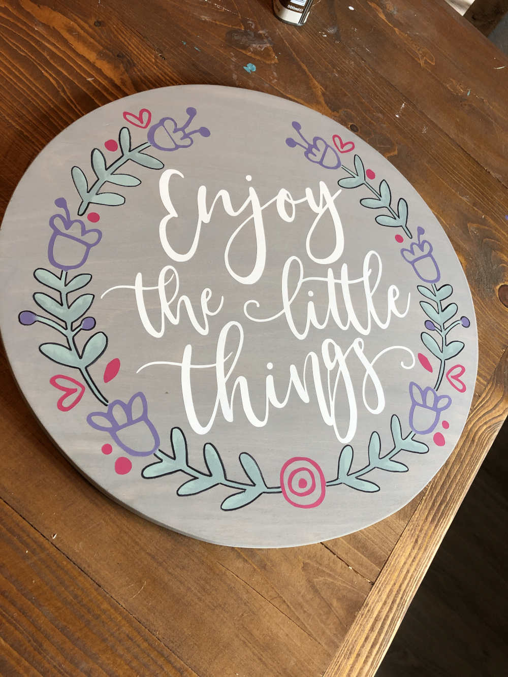 LARGE CIRCLE SOLID (PLY) 45CM X 45CM – £20